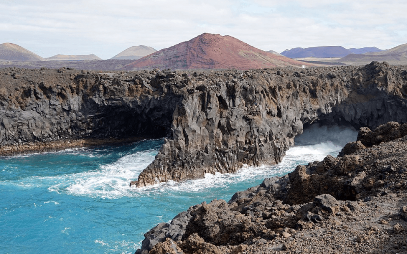 Extend the summer! Vienna to Lanzarote starting from 83 Eur for return flight