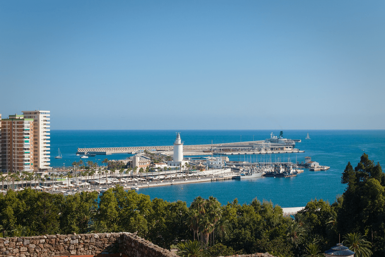 Cheap direct flights from Stockholm to Malaga start from €50