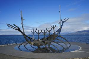 Direct flights from Vilnius to Reykjavik start from €96