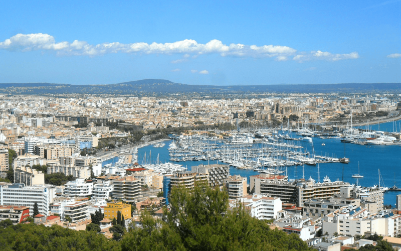 Low-priced flights from Berlin To Palma de Mallorca from 20 Eur for return ticket